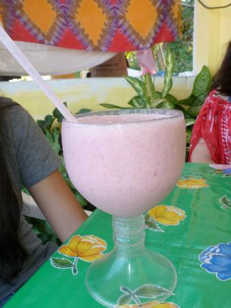 Vortex Cafe : Strawberry & banana smoothie
