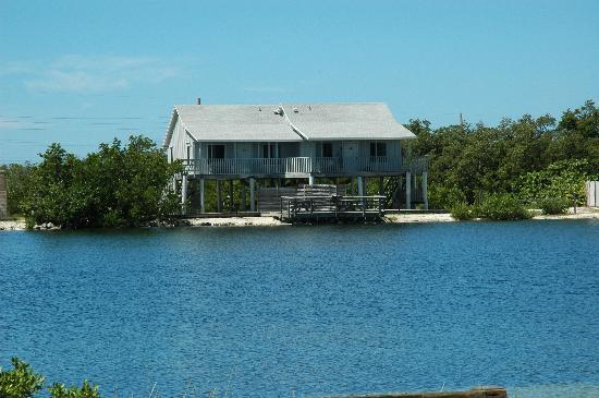 Bahia Honda State Park Campgrounds: Bahia Honda State Park raised cabins along lagoon