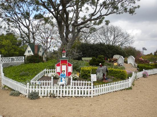South Coast Botanic Garden: Childrenu0027s Area