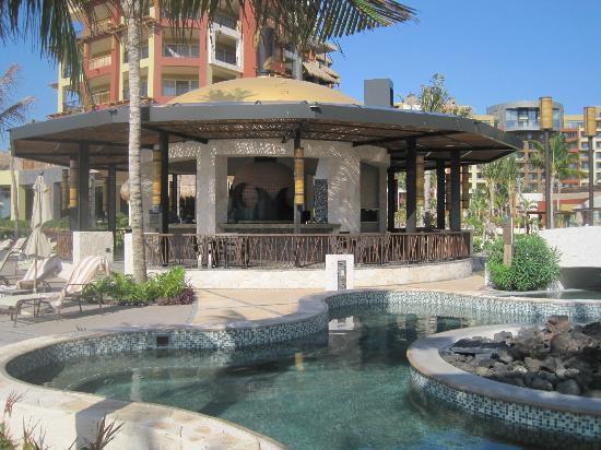 Villa del Palmar Cancun Beach Resort & Spa: Beach bar
