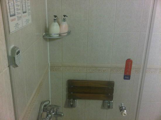 Hotel Queen Incheon Airport: bathroom