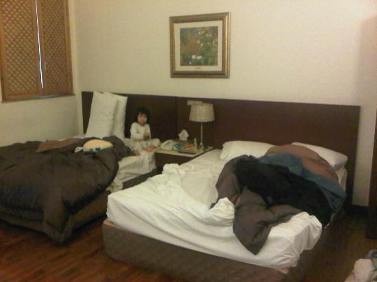 Hotel Queen Incheon Airport: 2 double bed