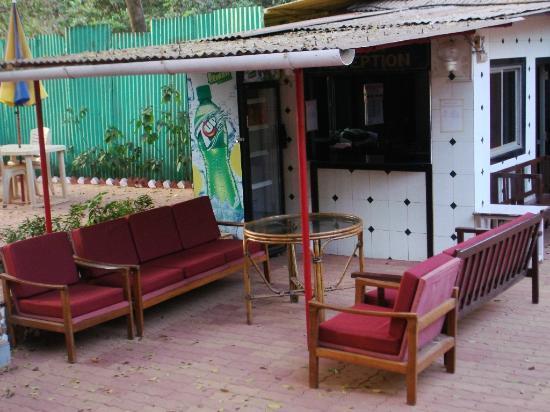 Sayeban Hotel: Reception