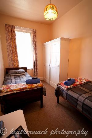 Blue Pub Methven: Twin room, budget accommodation Methven