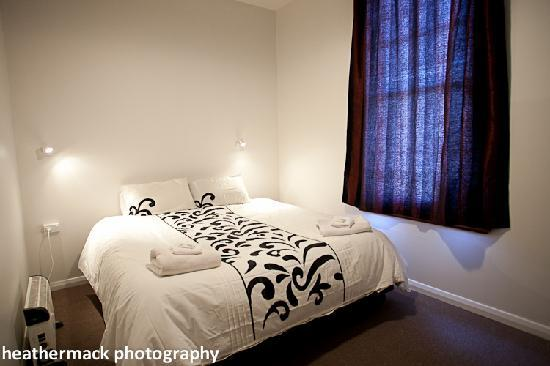 The Brown Pub Methven Mt Hutt: Double room - Comfortable beds, clean fresh linen and warm duvets