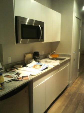 Platinum Hotels: kitchen with my mess