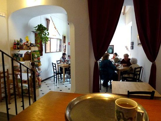 Kopitiam: Main dining room