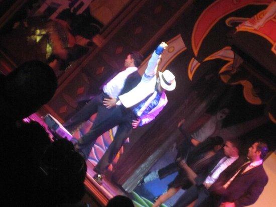 ClubHotel RIU Jalisco: michael jackson show