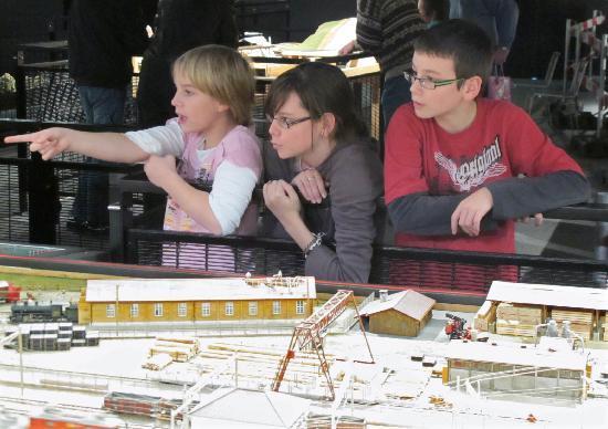 Musee des Chemins de fer du Kaeserberg: Les enfants sont nombreux à venir visiter les CFK