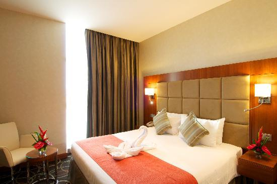 Ramada Chelsea Al Barsha: Contemporary style rooms and suites