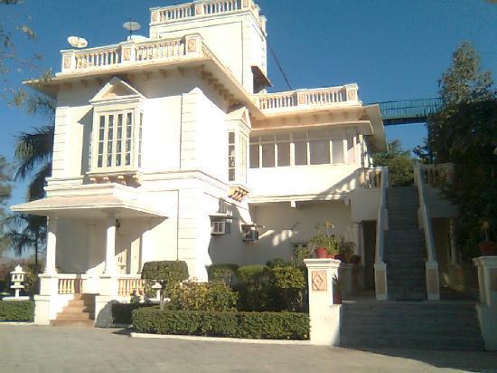Balaram Palace Resort: balaram palace