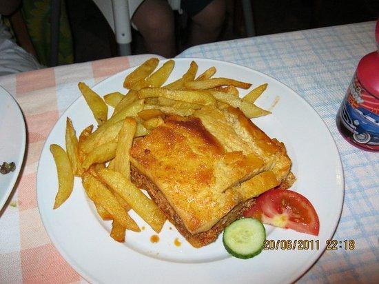 Imogen's Inn Taverna: Food. Excellent.