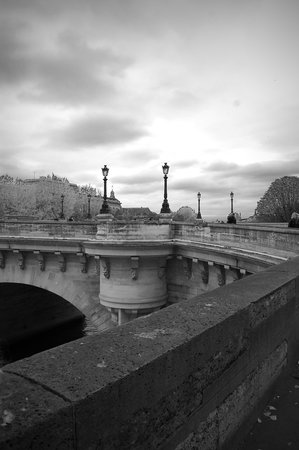 Sight Seeker's Delight Unique Walking Tours: Another excellent view of this ancient bridge