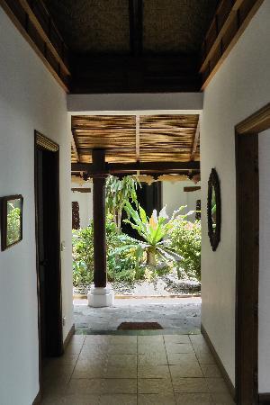 Yoma Cherry Lodge, Ngapali Beach - Corridor