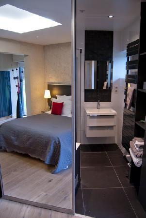 Nos chambres contemporaines - Picture of Le Petit Coq aux ...