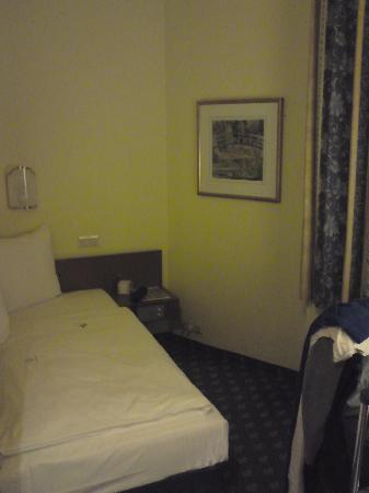 Königshof Top Hotel: camera 2