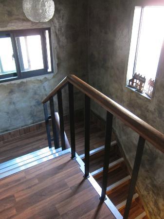 Zaza Backpackers Hostel: stairs