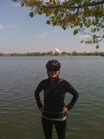 Bike the Big Capital: The Jefferson Memorial in the background