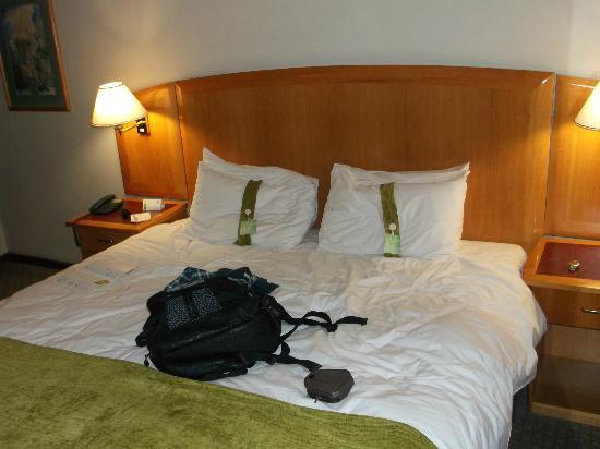 Holiday Inn Harare: Bed