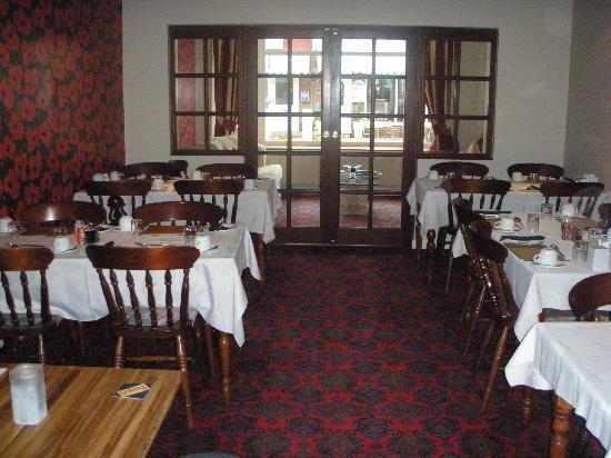 The Beverley Hotel: Dining Room