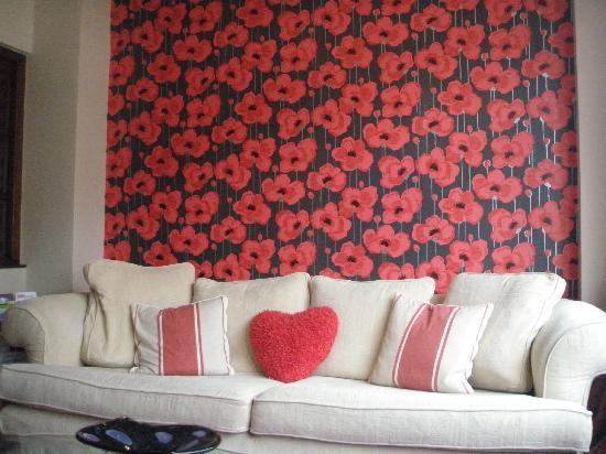 The Beverley Hotel: Sun Lounge 1
