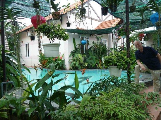 بوتانيك جاردن هومستاي: Jasmine Bungalow and shared pool