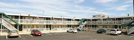 The Tides Motel: Tides Motel - Hampton Beach