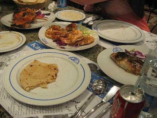 Kadoura Fish Restaurant: The table spread