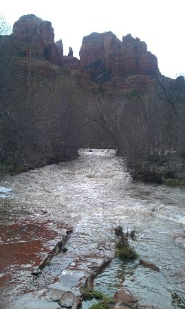 Sedona Cathedral Hideaway: Cathedral Rock from Red Rocks Crossing. It's a short walk to Oak Creek from the Hideaway!