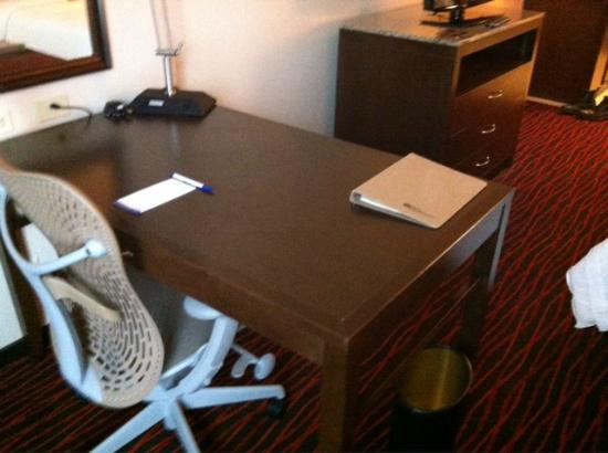 Hilton Garden Inn Clifton Park: Work area
