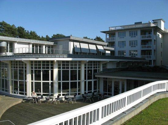 Hapimag Resort Binz: Blick auf das Schwimmbadgebäude