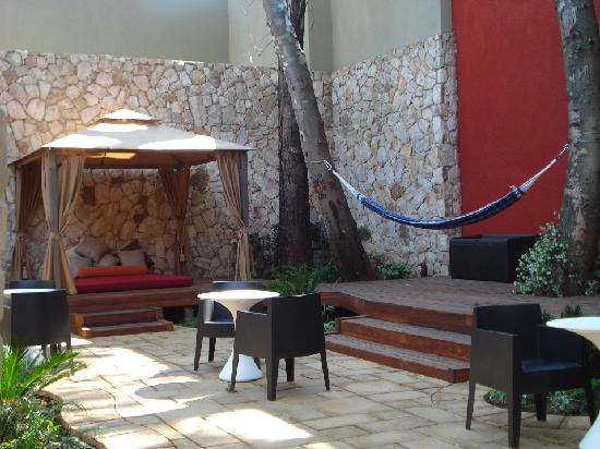 The Pyramid Day Spa: Relaxation in the Garden of Geb.