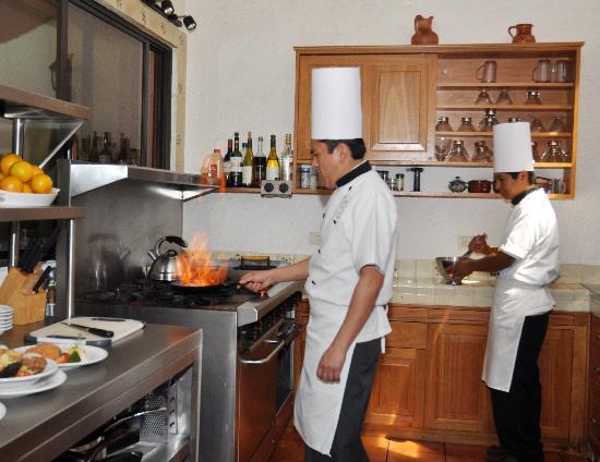Jardin Restaurant: Cocina