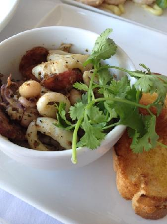 Cafe 1999 : Calamari & Chorizo