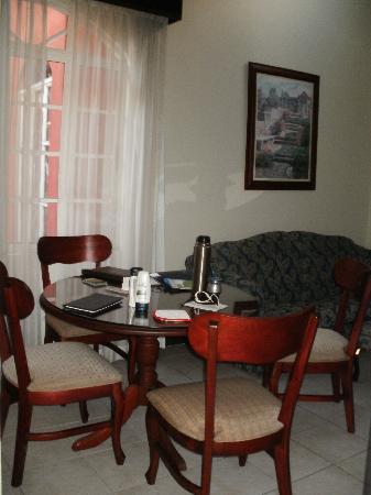 Casa Conde Hotel & Suites: comedor