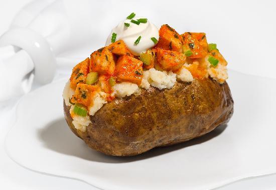 Good Earth Potato: Buffalo Chicken Potato