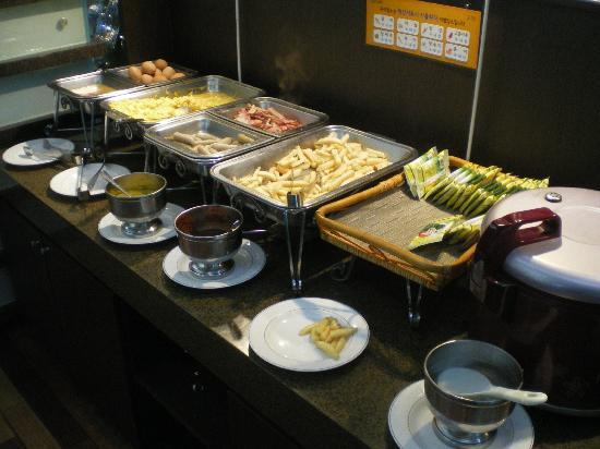 BEST WESTERN Niagara Hotel: Frühstücksbuffet