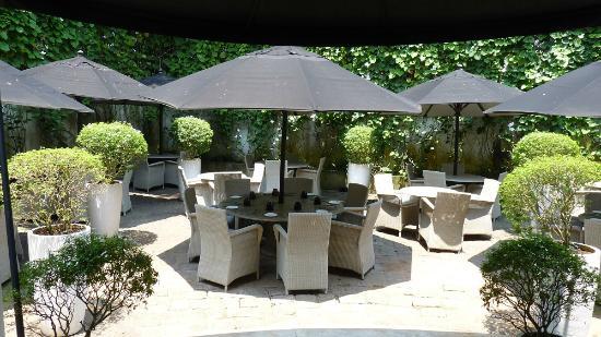 Restaurant terrasse bild von paradise road tintagel - Table de terrasse restaurant ...