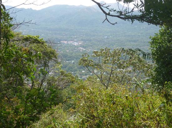 Hostal Cariguana: Vista subiendo a la India Dormida