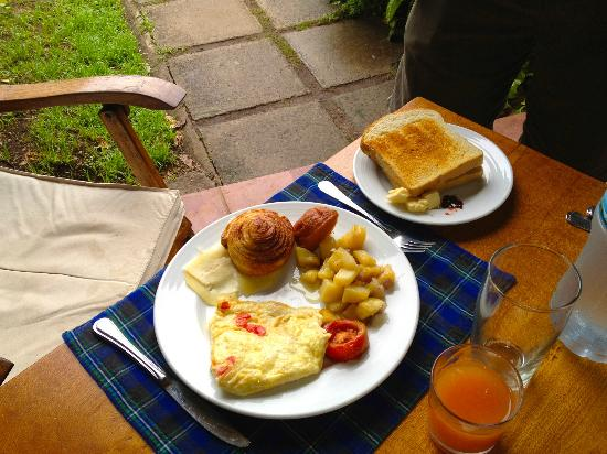 Arumeru River Lodge: Breakfast!