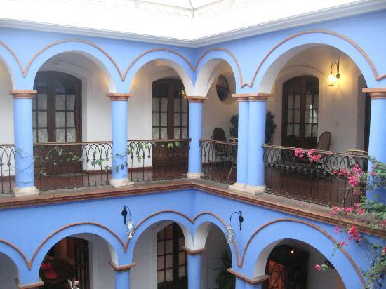 Parador Santa Maria la Real: Vista del interior del edificio