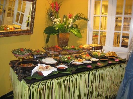 Casa Artista Bali: Balinese Buffet