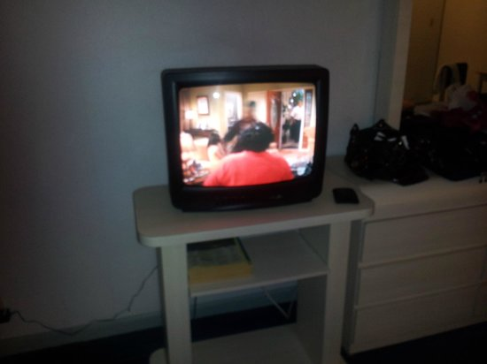 White House Inn on The Bay: Our HDTV Plasma TV