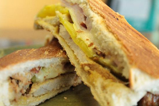 Sirens Cafe: Cuban Panino Special
