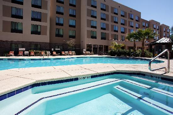 Residence Inn Phoenix North/Happy Valley: Heated Pool and Whirlpool Spa