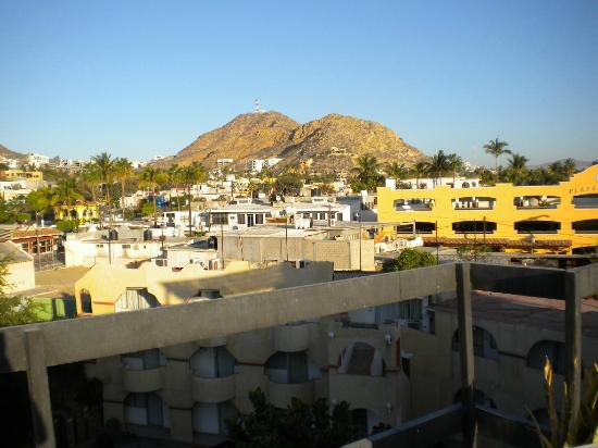 Siesta Suites: penthouse view of downtown cabo
