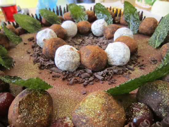 Tramezzini : Chocolate Truffle Cake