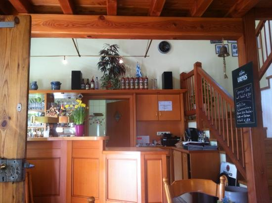 Andreas Stube: Bar