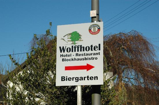 Wolffhotel : Wegwijzer