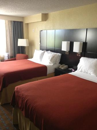 Holiday Inn Express Hotel & Suites Ft Lauderdale - Plantation: Zimmer mit 2 Doppelbetten